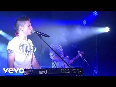 Walk The Moon - Up 2 U  on the Honda Stage