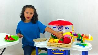 Learn English Words! Pretend Play Squishy Food Restaurant with Sign Post Kids!