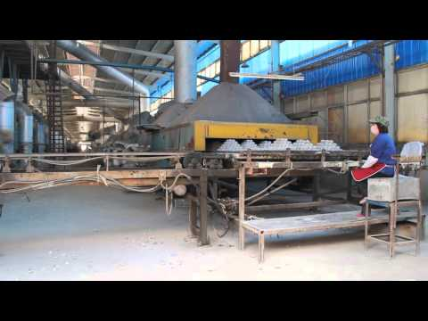 The calcined process of Alumina grinding balls in roller kiln