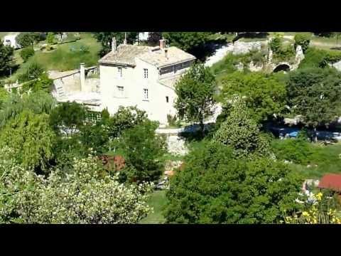 Mooie naturisten camping in de Provence. Le Vallon des Oiseaux ,