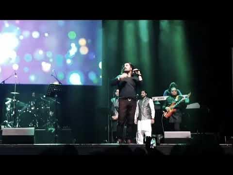 Shafqat Amanat Ali - Aaj Jaane Ki Zid Na Karo - Live @ The O2