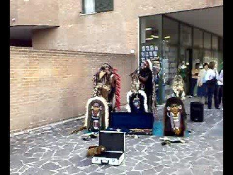 nordamericani con musica sudamericana in italia jesi- falticeni