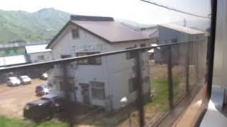 北越急行 六日町行きが「ほくほく線」から降りて終点の六日町駅に到着(車内より)