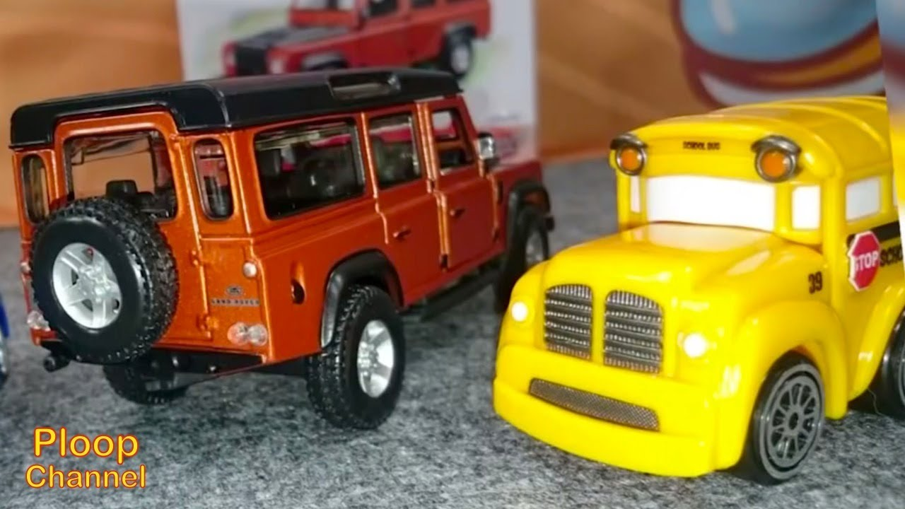 bburago toy cars for kids bussy speedy land rover discovery construction videos for children