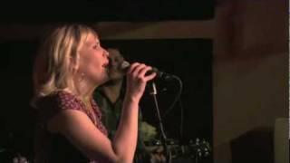 WakeUpLove - Melanie Penn