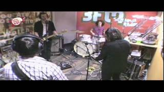 De Staat - My Blind Baby (live in MoveYourAss 3FM)