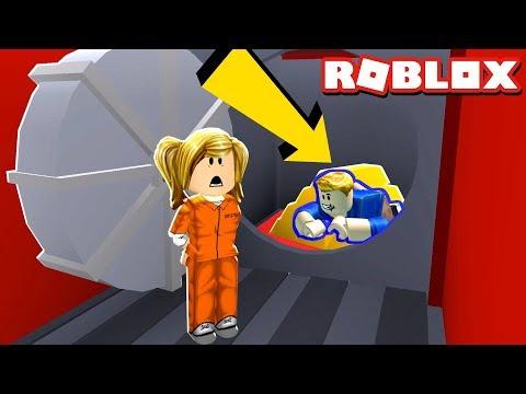 TROLLING JAILBREAK TRAIN ROBBERS!