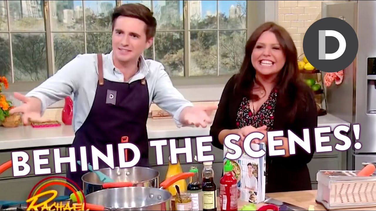 What\'s In Rachael Ray\'s Kitchen?! KITCHEN TOUR!
