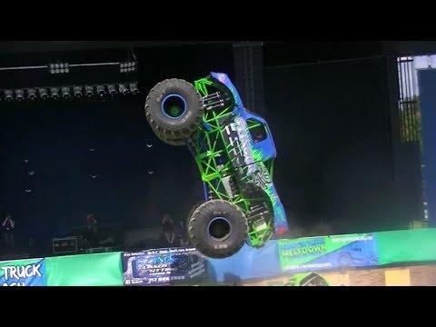 Monster Truck Fall Bash York Pa 2017 Youtube