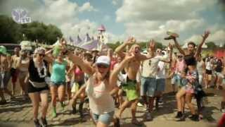 Repeat youtube video Tomorrowland 2013 - Everybody is dancing around