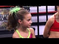 Dance Moms     -      Melissa TEACHES MACKENZIE HOW TO LIE!! (S03E16)