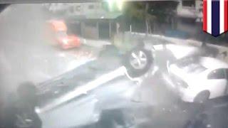 В Бангкоке женщина погибла, вылетев на машине с многоуровневой парковки