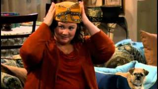 MIKE & MOLLY TEMP 1 EP 10 MOLLY GETS A HAT PROMO ESPAÑOL.mov