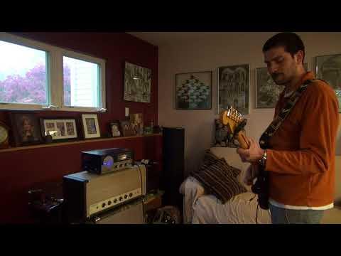 Norman Light Plays the D-lab Lafayette Police Radio tube guitar amp Vintage demo