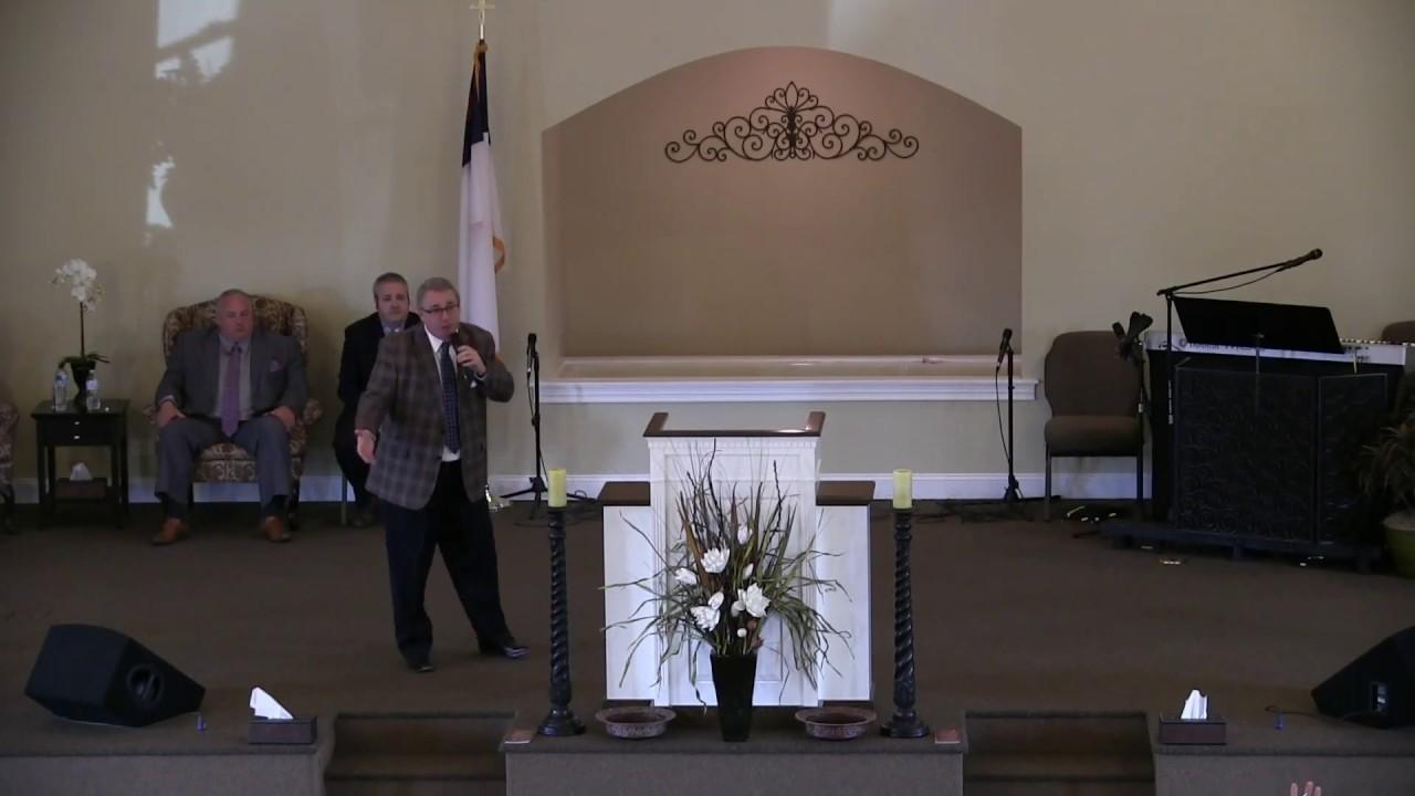 Worship | Why We Worship The Way We Do At Crossroads
