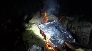 ソロキャンプ 野営です!スコップで肉を焼く