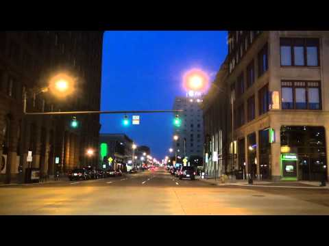 14-28 Columbus Ohio: Downtown at Night