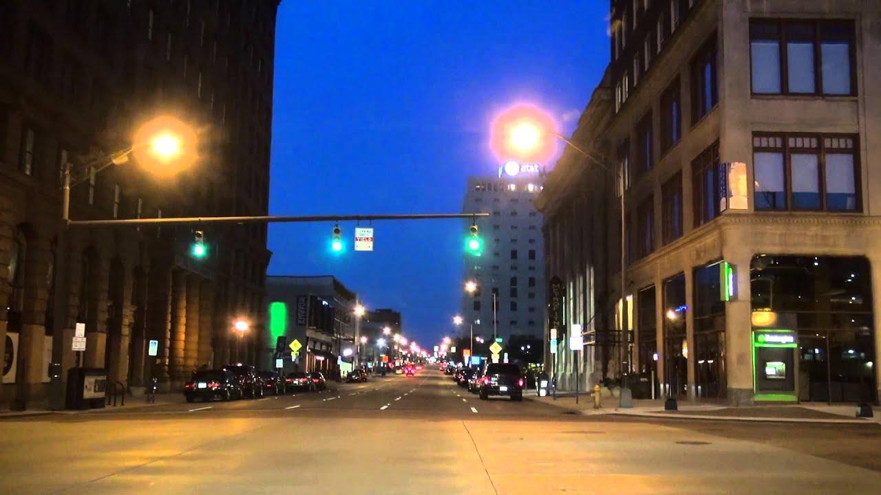 14-28 Columbus Ohio: Downtown at Night - YouTube
