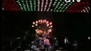 Queen Live in Paris 1979 (Pt. 2/10)