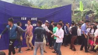 Xyoo tshiab lom zem-Hmong new year 2017-P1