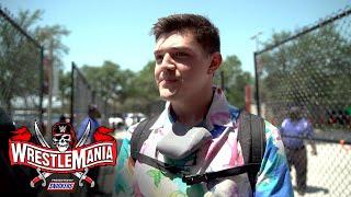 Dominik Mysterio Has Goosebumps From Ovation: WrestleMania 37 Exclusive, April 10, 2021