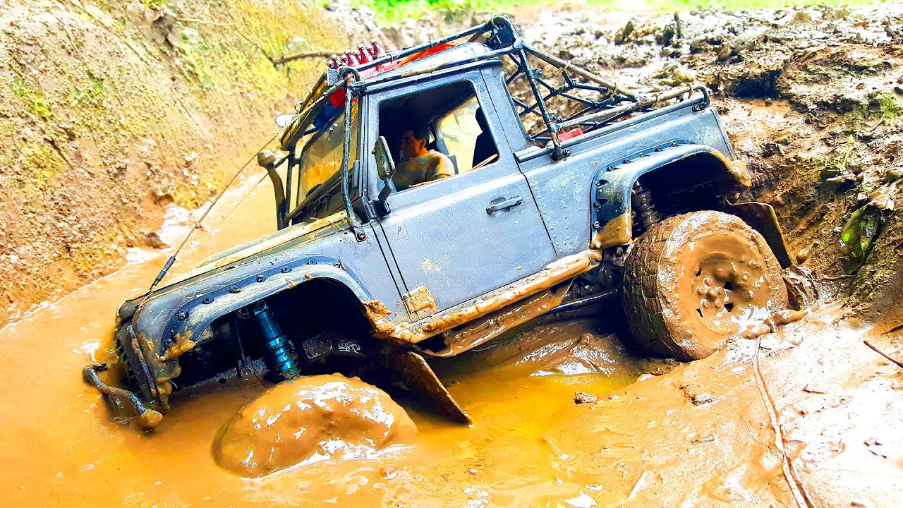 CARS MUD OFF Road and Swamp Racing – Toyota FJ Cruiser, Land Rover – Wilimovich