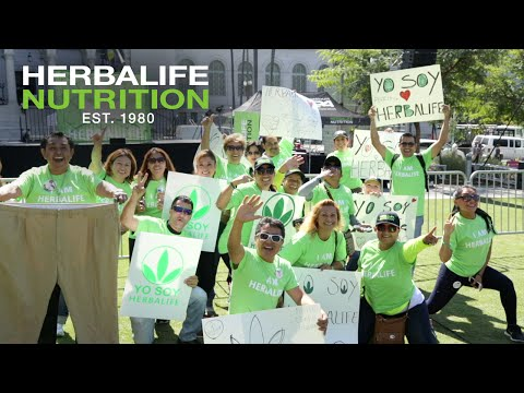 Herbalife Rally in Los Angeles Creates a Sea of Green in Front of L.A. City Hall