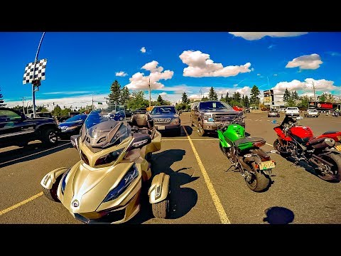 Riding Our Spyder's Twin!! • Bike vs Car on I-205..! | TheSmoaks Vlog_1034
