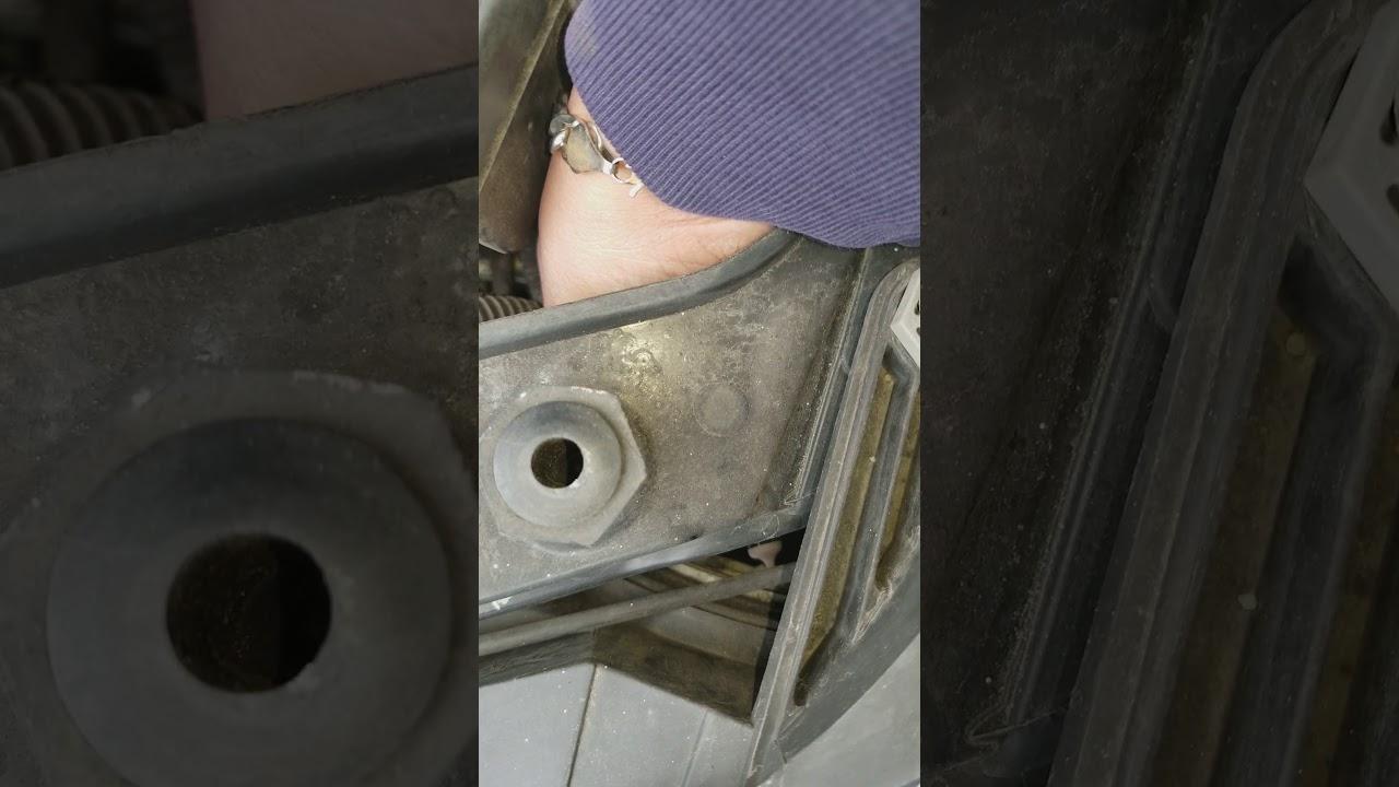 Changing Headlights Bulb On 2008 Sebring