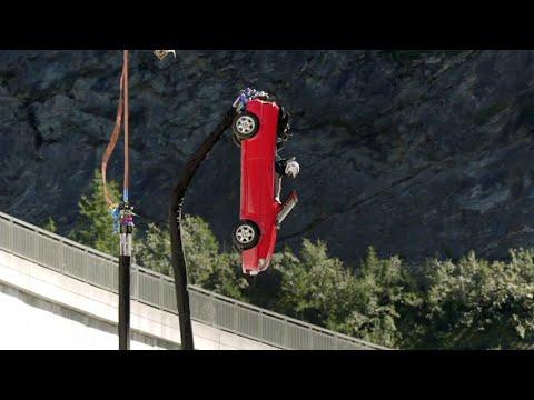 SPOILER: BUNGEE JUMPING in a CAR off a DAM | Top Gear