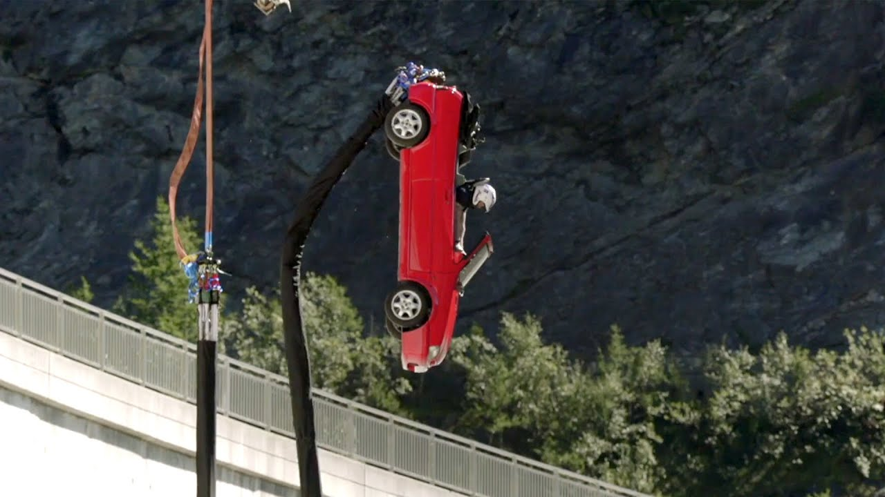 SPOILER: BUNGEE JUMPING in a CAR off a DAM | Top Gear