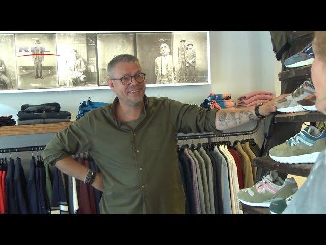 Achter de toonbank: Bruin Mens Clothing