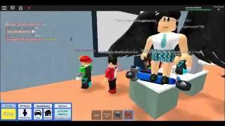 scena di ROBLOX liceo noob troll/segreto camera/divertente