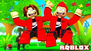 MY BROTHER PLAYS ROBLOX 🧑 (Roleplay)