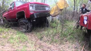 4X4 TRUCK STUCK IN SWAMP by BSF Recovery Team