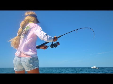BAY BOAT Offshore Tournament Fishing In 20kt Winds