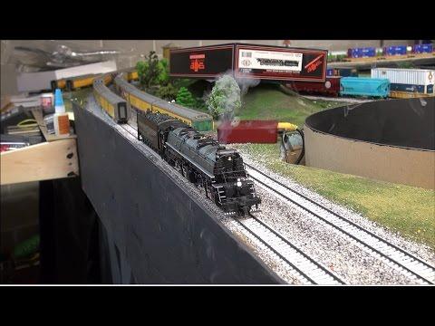 Review: MTH HO Baldwin Yellowstone 2-8-8-4 Steam Locomotive w/ DCC & Proto Sound 3