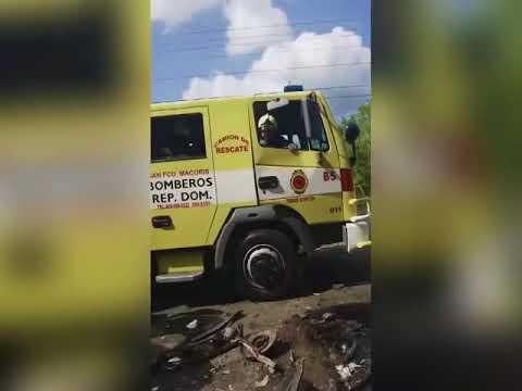 ACCIDENTE FEISIMO EN LA RECTA DE MONTE NEGRO DEJANDO 4 MUERTOS
