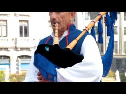 Banda de Gaitas in Oviedo