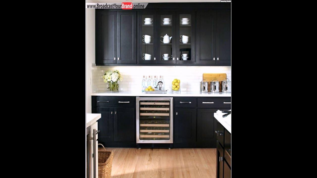 Schwarz weiße küche glas schrank heller laminatboden   youtube