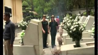 Mười bông cúc trắng Trường Sơn| Duyên Hải & Huyền Ngọc CLB NT PLTS hát tại nghĩa trang Đồng Lộc