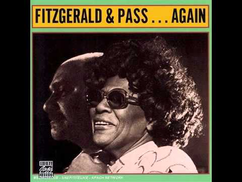 Ella Fitzgerald & Joe Pass - That Old Feeling