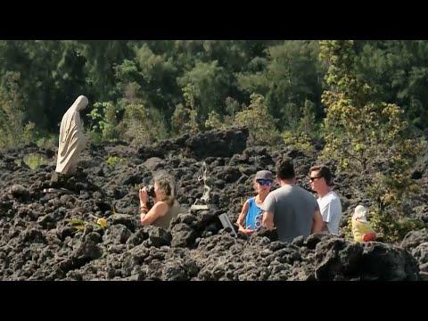 Inside Hawaii's Kilauea volcano evacuation zone
