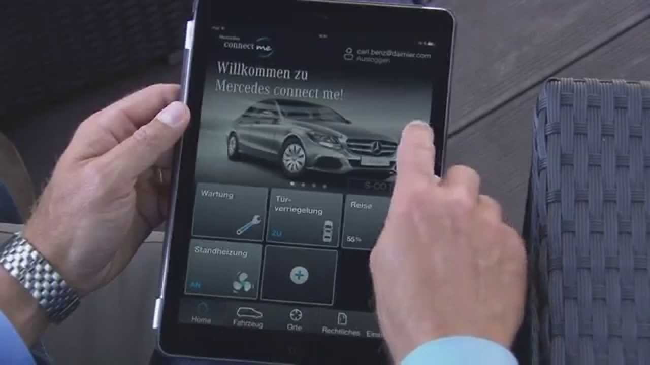 Mercedes benz c class connect me app youtube for Mercedes benz com connect