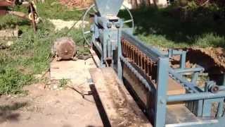 Пресс для кирпича(Изготовление кирпича методом безвакуумного прессования в шнековом прессе., 2015-06-05T16:33:53.000Z)