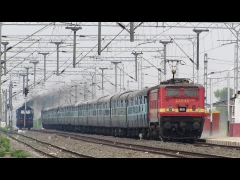 13239 Patna - Kota Express (Via Sultanpur) - Indian Railways !!
