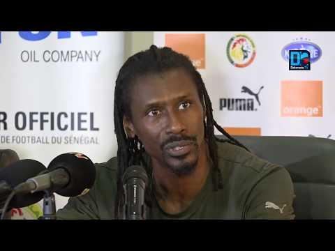 """Aliou Cissé Répond Aux Critiques De El Hadji Diouf Et Consorts   """"Qu`ils Me Laissent Faire Mon Tra"""