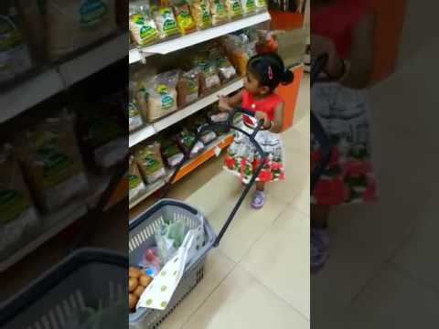 The Youngest Shopper - Viera @ loves shopping!!