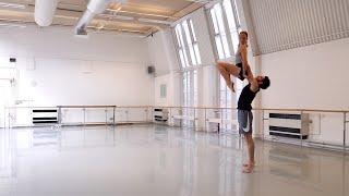 Richard Alston Dance Company - 'A Far Cry' in rehearsal