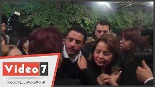 غادة عادل وأحمد الفيشاوى ورامى رضوان بعزاء حسن مختار